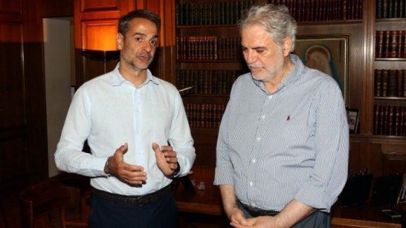 Prime Minister Kyriakos Mitsotakis with EU Commissioner Christos Stylianides. Photo source: @StylianidesEU