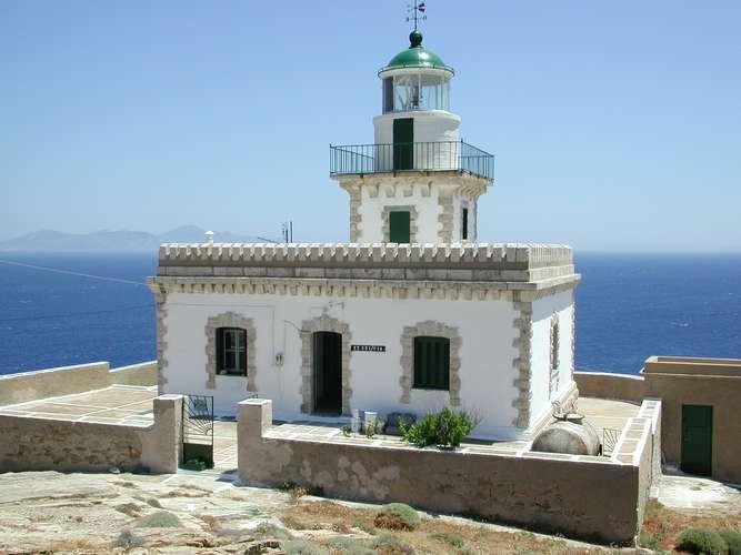 Spathi Lighthouse, Serifos. Photo © Greek Lighthouses