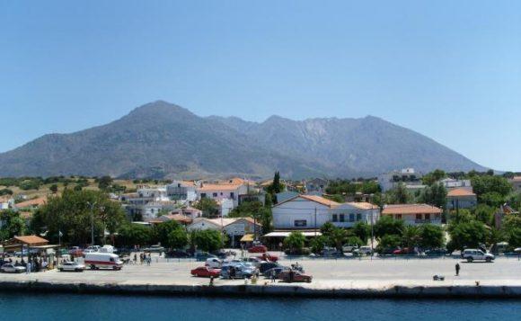 Port of Samothrace. Photo © Kamikaze1975 / Wikimedia Commons