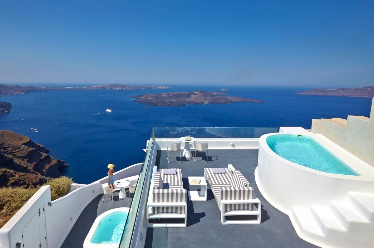 Dreams Luxury Suites Santorini Hotel