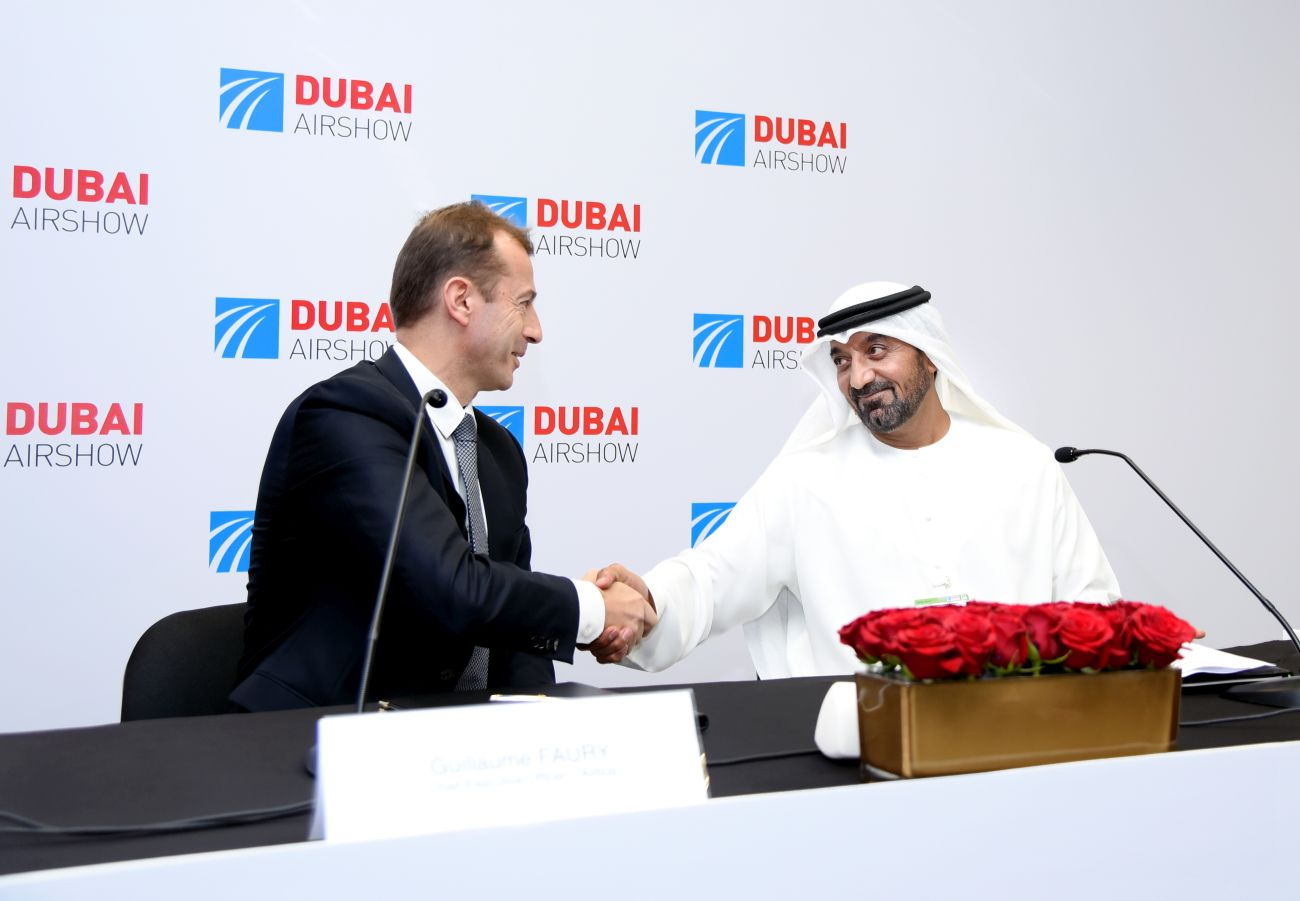 Sheikh Ahmed bin Saeed Al Maktoum, Emirates Chairman and Chief Executive, with Guillaume Faury, Chief Executive Officer from Airbus.