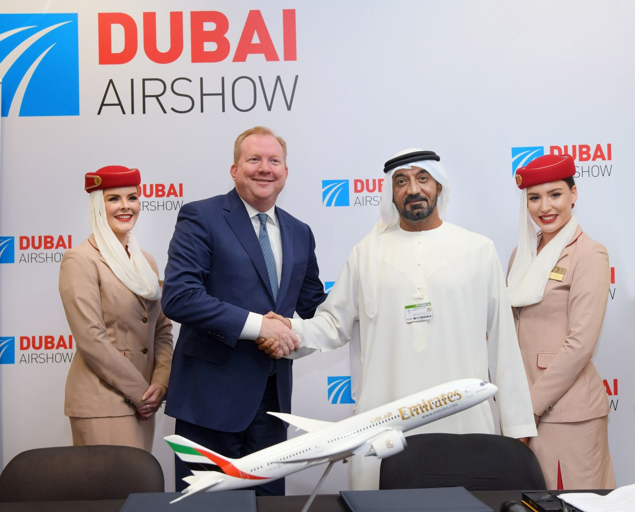 Sheikh Ahmed bin Saeed Al Maktoum, Emirates Chairman and Chief Executive, with Stanley Deal, President and Chief Executive Officer for Boeing Commercial Airplanes.