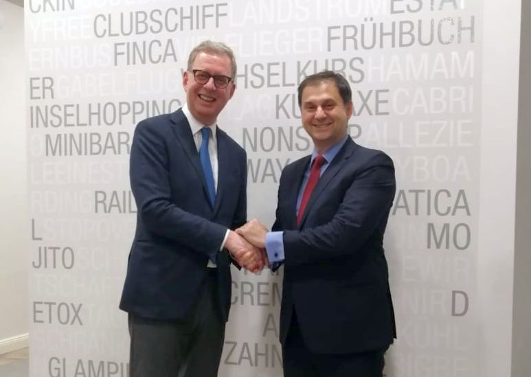 German Travel Association (DRV) President Norbert Fiebig and Greek Tourism Minister Harry Theoharis.