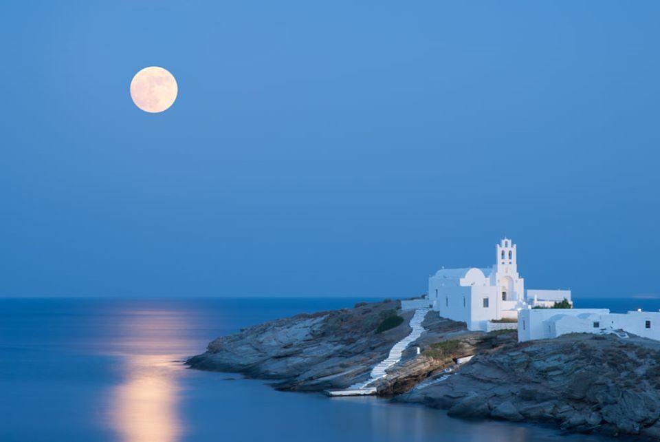Photo Source: @Visit Greece