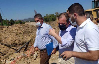 Greek Transport Minister Kostas Karamanlis inspecting the flood damage in Evia. Photo source: @karamanlis_k