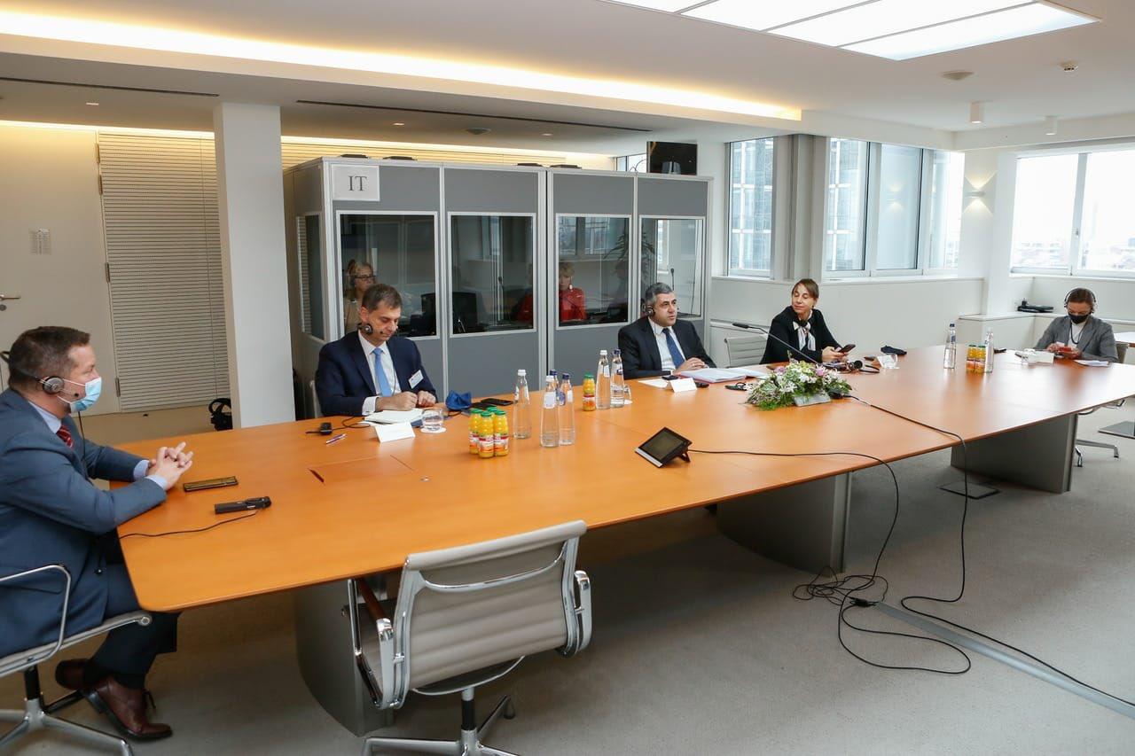 UNWTO Secretary-General Zurab Pololikashvili and Greek Tourism Minister Harry Theoharis in a video call with European Parliament President David Sassoli.