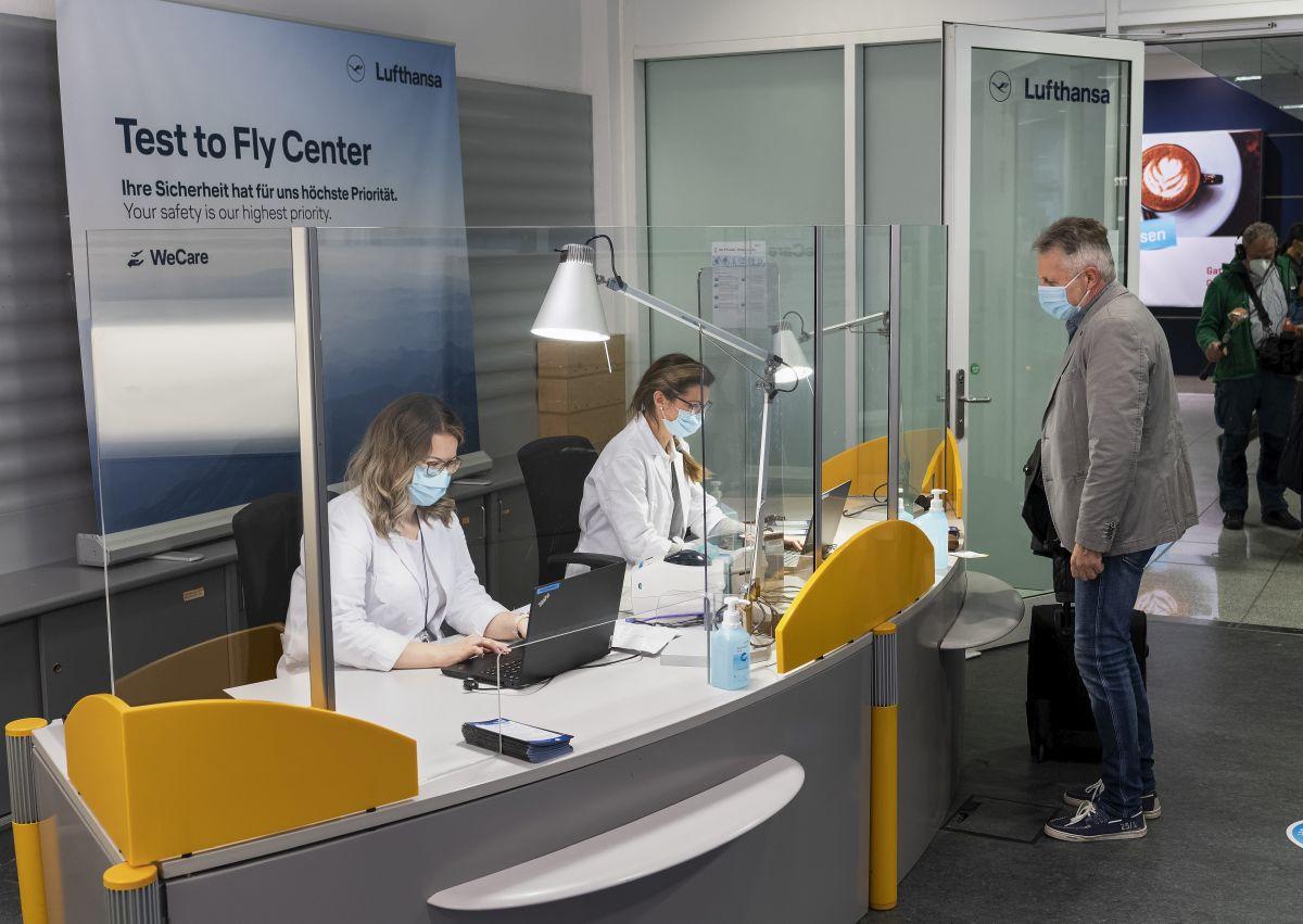 Lufthansa-Testcenter im Terminal 2, Munich. Photo source: Lufthansa / Stephan Goerlich / FMG