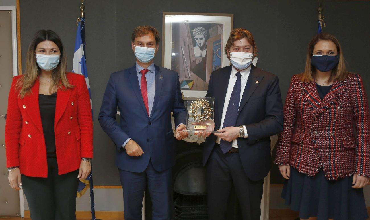 Greek Tourism Minister Harry Theoharis and his counterpart from San Marino, Federico Pedini Amati at the Greek Tourism Ministry in Athens accompanied by Deputy Tourism Minister Sofia Zacharaki (left) and the Secretary General for Tourism Policy and Development Viki Loizou.