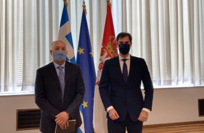 Greek Tourism Minister Harry Theoharis (R) with the director of the National Association of Travel Agencies of Serbia (YUTA), Alexander Senicic, in Belgrade.