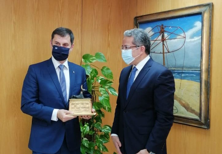 Greek Tourism Minister Harry Theoharis and his Egyptian counterpart, Dr Khaled Ahmed El-Enany.