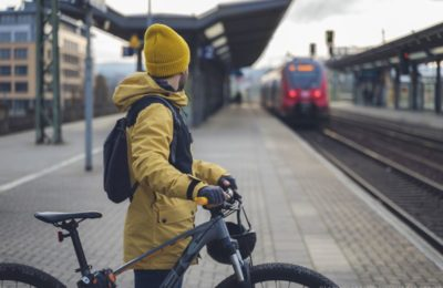 New rules will make it easier to take a bike on a train journey. Photo source: European Parliament / ©AdobeStock/Lorenzophotoprojects