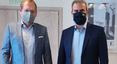 DRV Managing Director Dirk Inger and GNTO Secretary General Dimitris Frangakis.