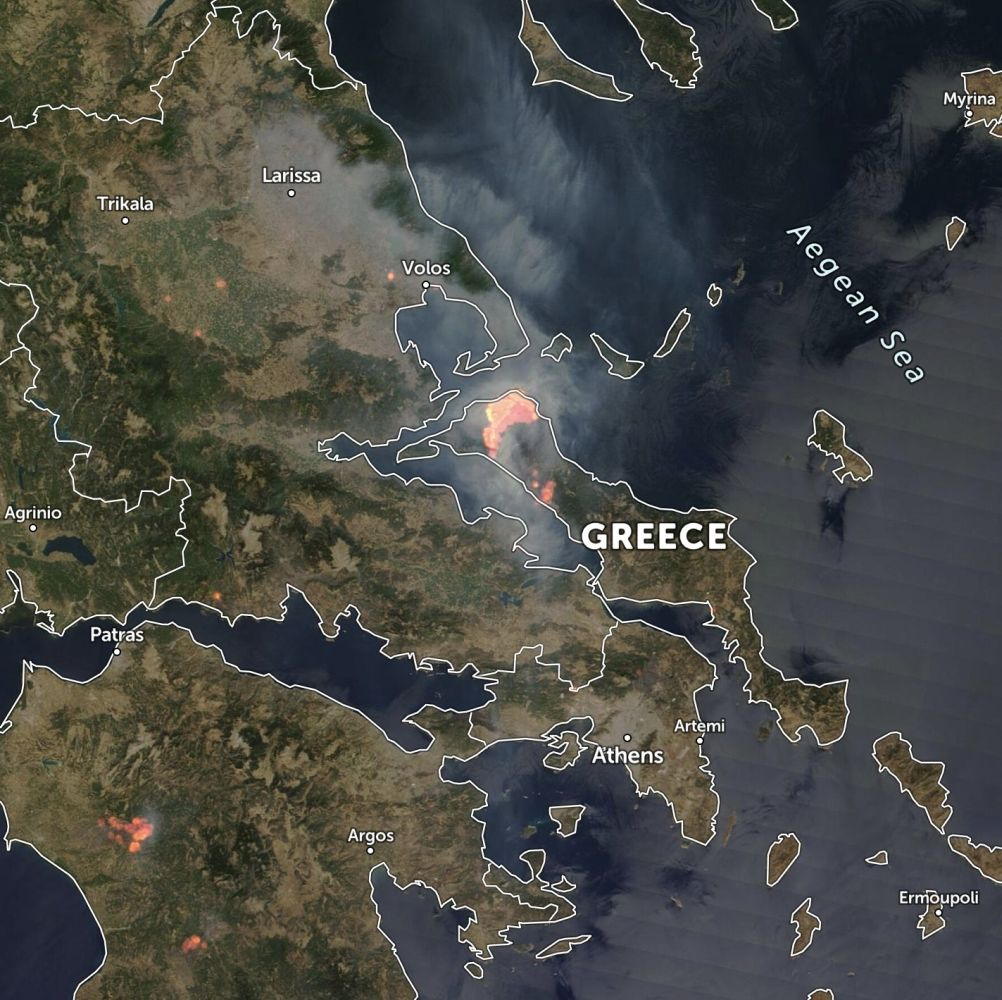 Photo: Satellite view of Greece with highlighted heat spots. Source: Zoom Earth
