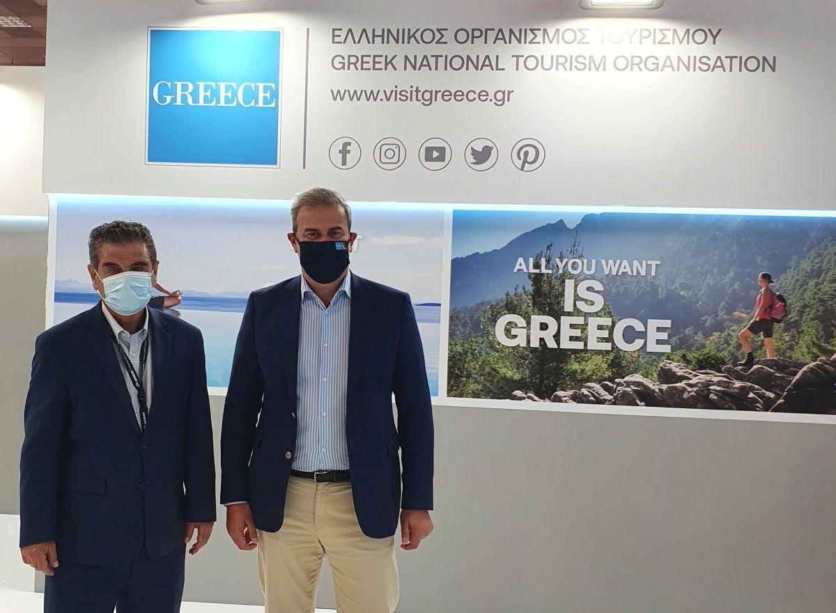 GNTO Secretary General Dimitris Fragakis with TIF-Helexpo CEO Kyriakos Pozrikidis during the 85th Thessaloniki International Fair.