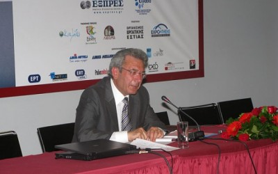 During the press conference, prefect Dimitris Bailas was questioned if the prefect interferes with the prices of hotels and tourism services of the Cyclades.