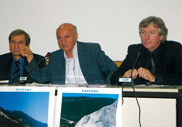"""Yiannis Kartanis, prefect advisor and president of the Lefkada Hotelier Association; Yiorgos Logothetis, mayor of the Apollonion municipality; and Yiorgos Kourtis, president of the Local Union of Municipalities of Lefkada. At the press conference it was announced that the Municipality of Apollonion on Lefkada would be honored with the """"Gold Quality Management"""" award in Madrid at the 34th International Tourism, Hotel Unit and Catering Industry awards ceremony on 28 January 2009, within the framework of the International Tourism Trade Fair Fitur in Madrid."""