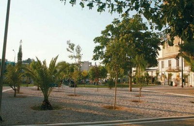 Avdi Square located at the junction of Leonidou, Myllerou and Keramikou Streets in the 3rd City District.