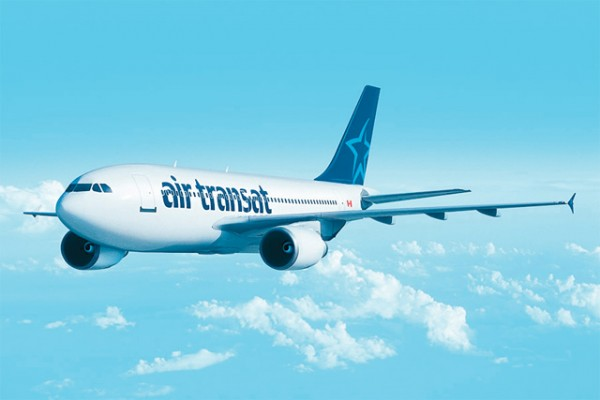 Air Transat adds a Airbus A310-300 to its fleet.