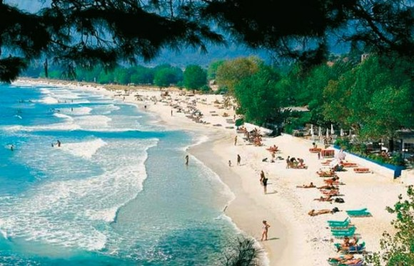 An array of beautiful beaches and 380,000 hectares of forest give Thassos Island much potential for foreign investment.