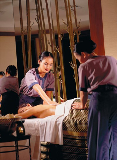 First-class services provided at the Banyan Tree spa in Bangkok, soon to be available in Greece.