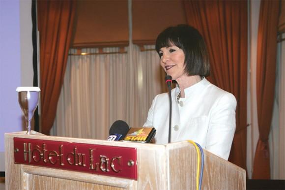 Brigitta Papastravrou, president of Agrotouristiki S.A., speaking at the forum.