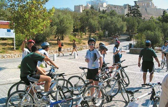 PameVolta it is constantly exploring new routes in an attempt to make each and every bike excursion an unforgettable experience. Besides the city tour, the company offers suggestions for relaxing bike rides to the seaside or adventurous mountain biking.