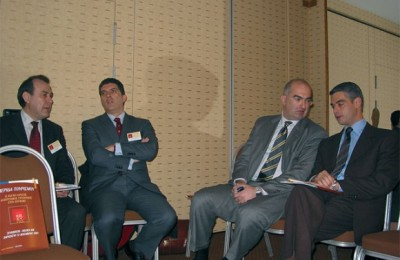 Speakers and guests at the tourism development conference included Loukas Douvas, general manager of the Attica Hoteliers Association; Georgos Dracopoulos, general manager of the Association of Greek Tourism Enterprises; Georgos Tsakiris, president of the Attica Hoteliers Association; and Aris Spiliotopoulos, N.D. Party member of parliament.