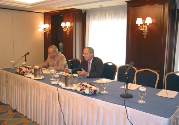 Dimitris Marantos and Dinos Frantzeskakis, of the Association of Airline Company Representatives.