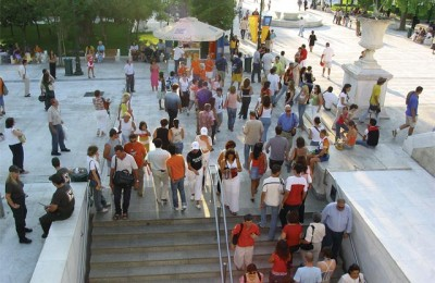 While Athenians were away for their vacation, swarms of tourists from around the world took over central Athens. Most flocked to the Syntagma and Plaka areas day and night.