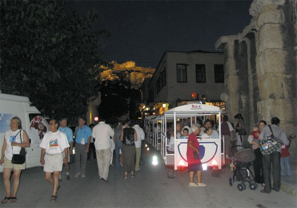 The city has even leased a quaint blue and white mini-train for daily tours of the city's historic center free of charge between 10am and 5pm from the Tower of the Winds.