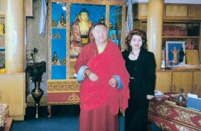 """Mary Souli, Cel's managing director, was awarded with the title """"Ambassador of Cultural Communication between Mongolia and Greece."""""""