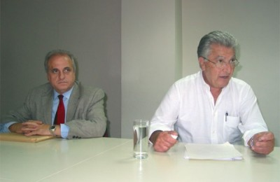 Research Institute for Tourism (ITEP) board member Konstantinos Avrampos and the institute's Professor Panagiotis Pavlopoulos.