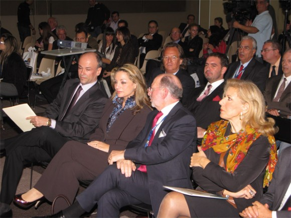 Athens-Attica Hoteliers Association President Yiannis Retsos; Culture and Tourism Deputy Minister Angela Gerekou; President of Xenia Exhibitions-Conferences Tassos Koumanis; and Athens-Piraeus super-prefect Constantina Bay.